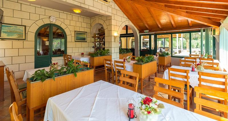 Restoran Portun